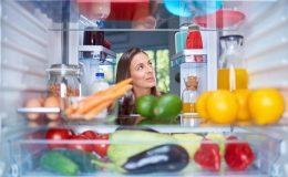 refrigerator doorwon't close automatically